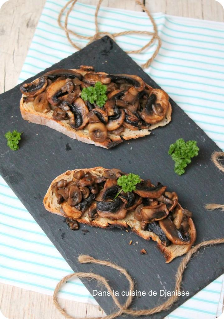 Tartines aux champignons